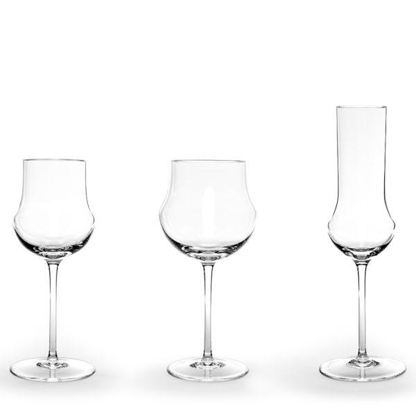 Elitiste réunit en un verre rondeur et rectitude.